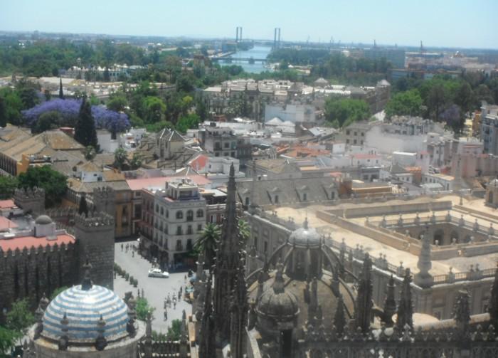 26-5-12 cathédrale Séville tour Giralda vue (17).JPG