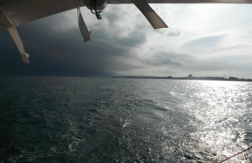 13-7-12 18h54 nuages menaçants derrière Palavas les Flots.JPG
